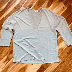 Wilfred Free by Aritzia sweater- size XS